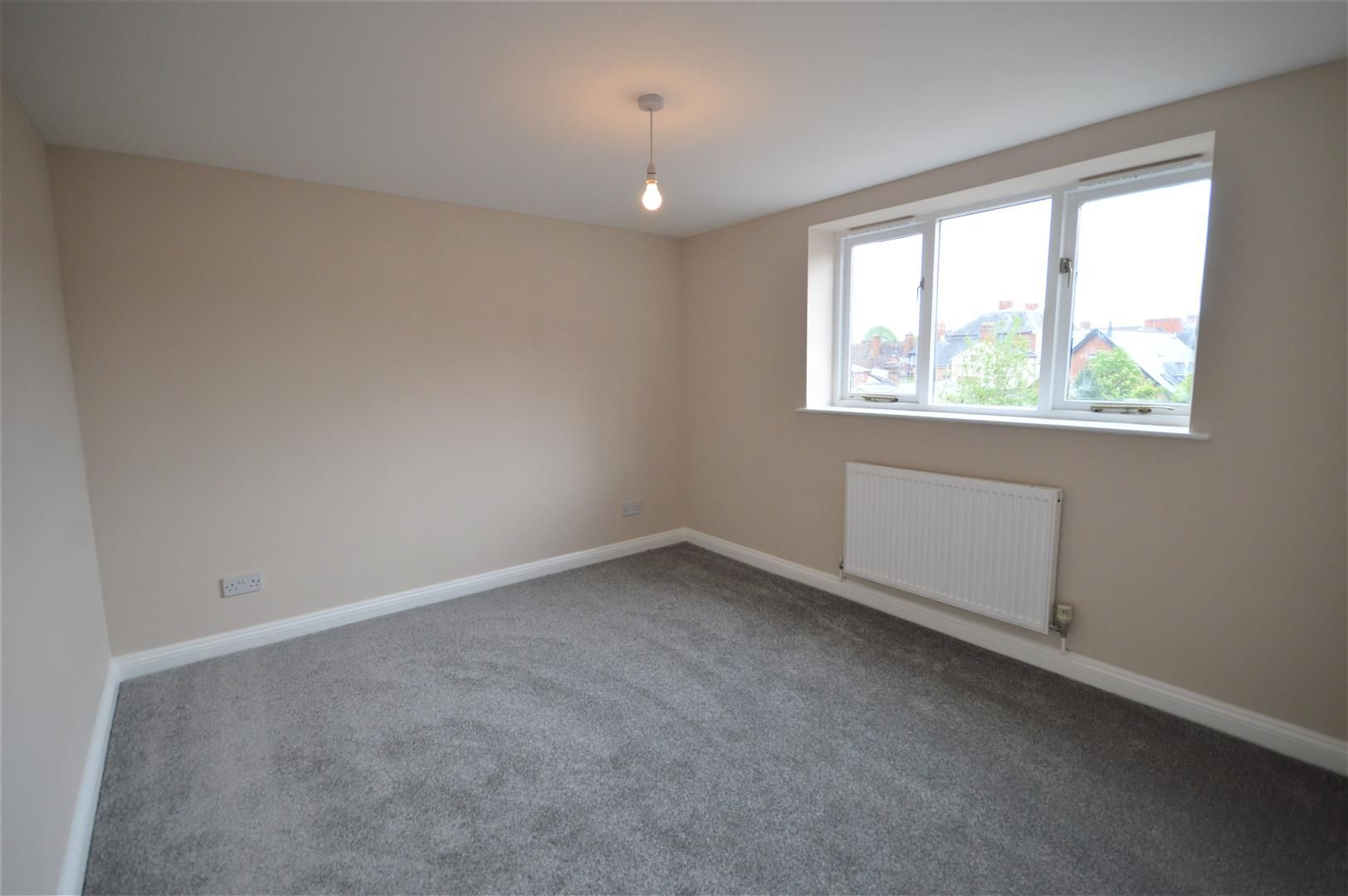 2 bed maisonette to rent in Leominster 4