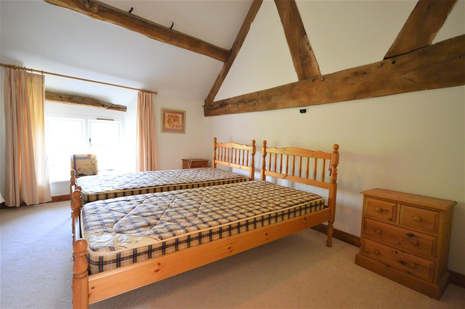 3 bed barn-conversion for sale in Stoke Prior 14