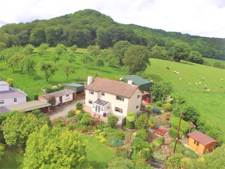 4 bed detached for sale in Tillington  - Property Image 2