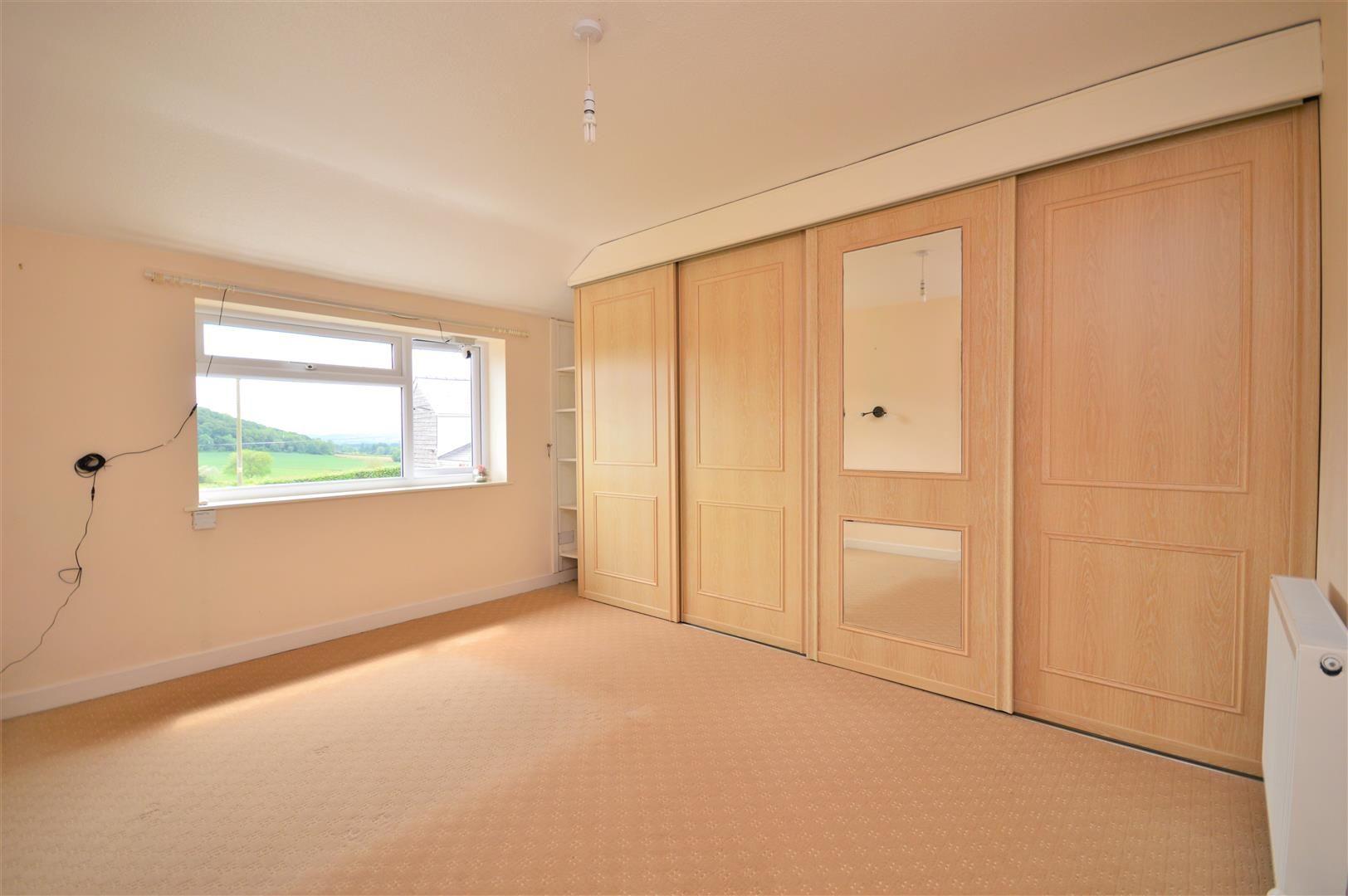 4 bed detached for sale in Tillington 12