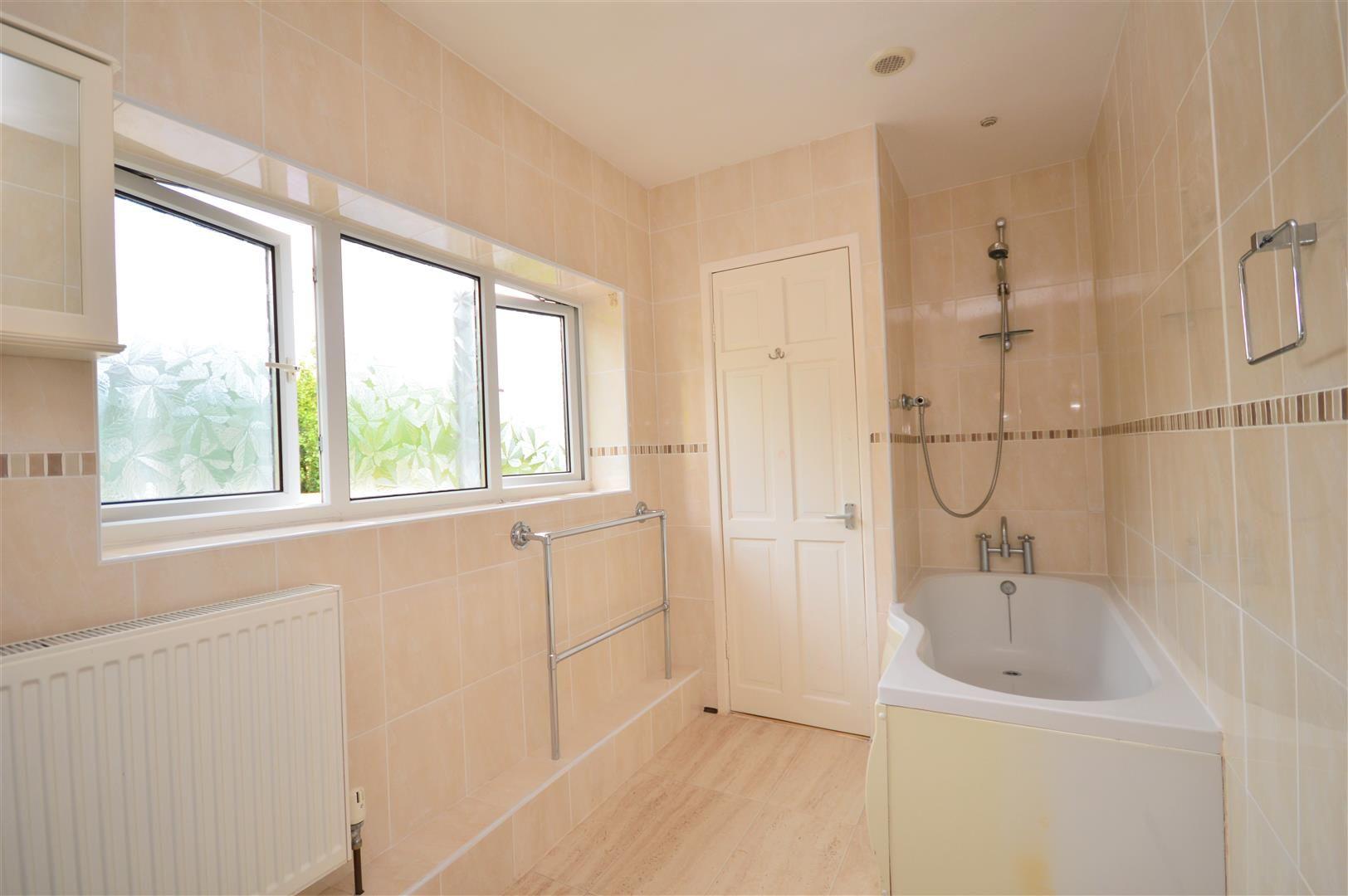 4 bed detached for sale in Tillington  - Property Image 14