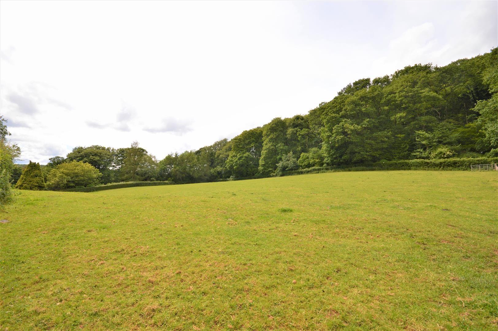 4 bed detached for sale in Tillington  - Property Image 15