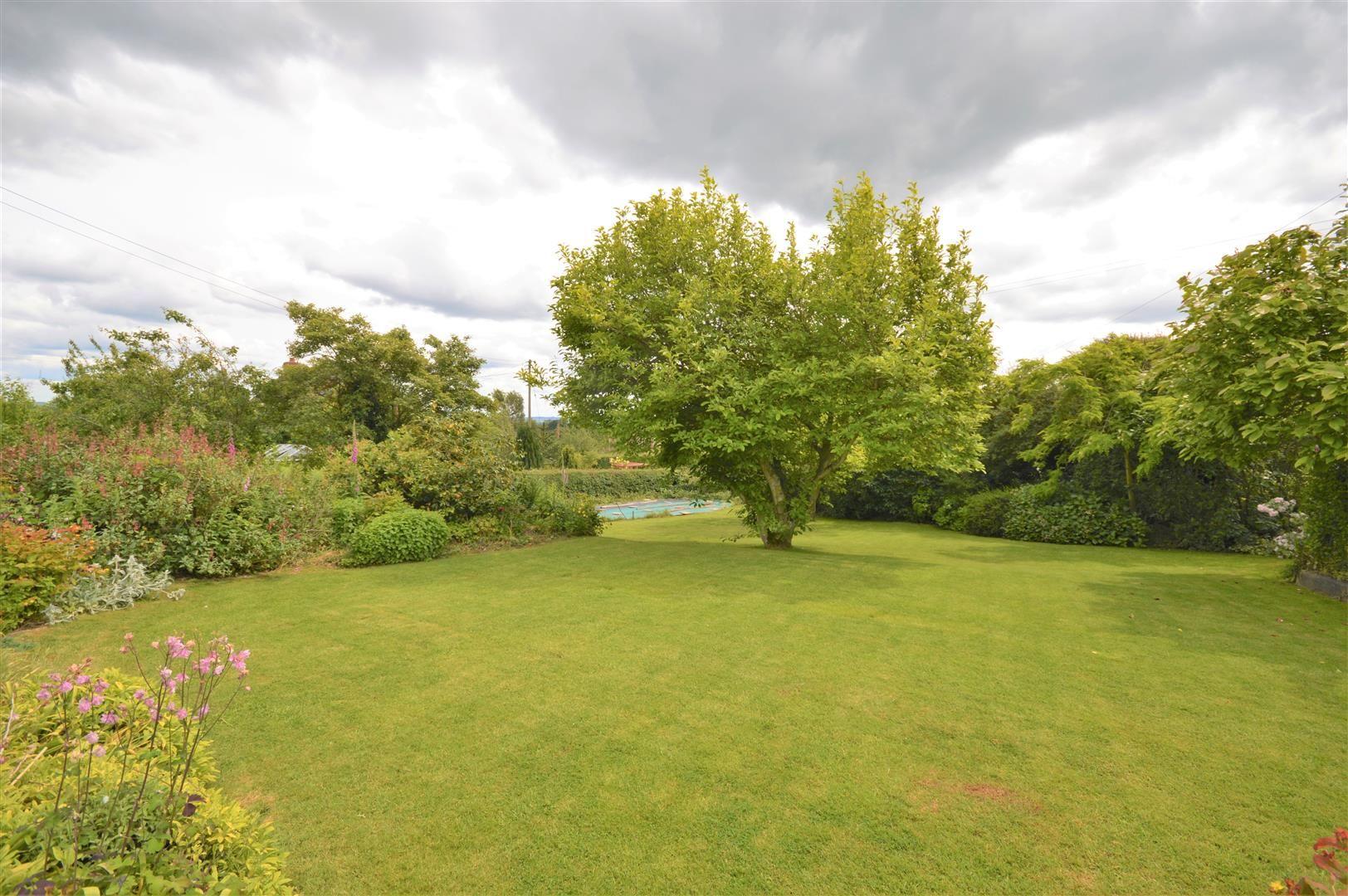 4 bed detached for sale in Tillington  - Property Image 18