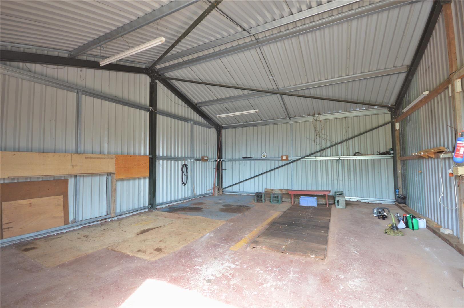 4 bed detached for sale in Tillington 20