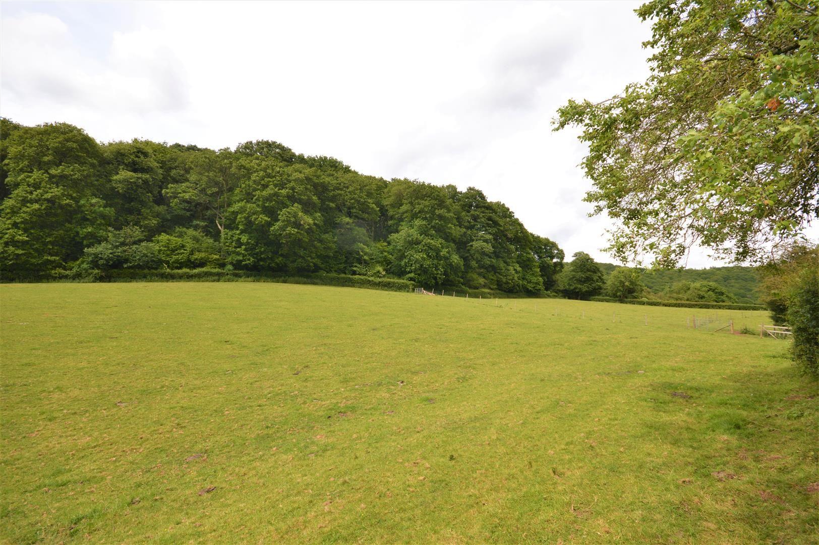 4 bed detached for sale in Tillington  - Property Image 3