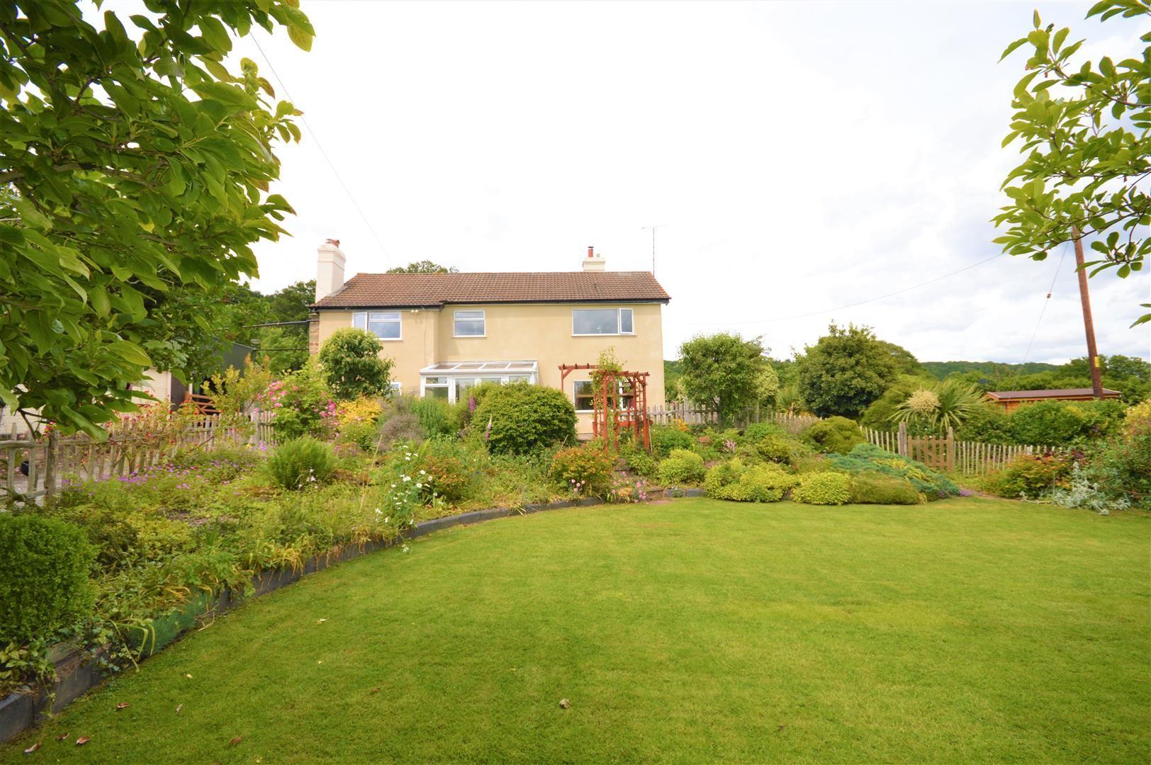 4 bed detached for sale in Tillington  - Property Image 4