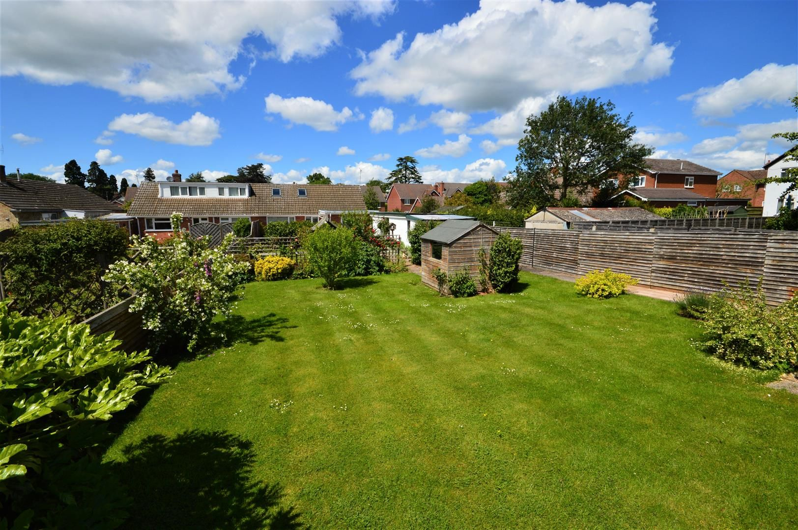 2 bed semi-detached-bungalow for sale in Leominster  - Property Image 11