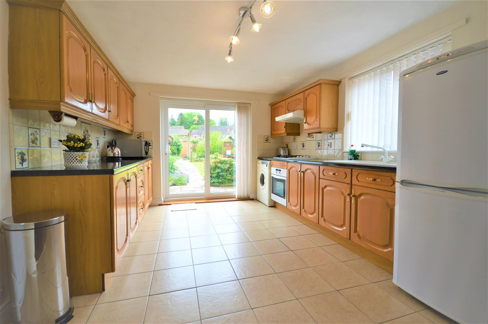 2 bed semi-detached-bungalow for sale in Leominster 3