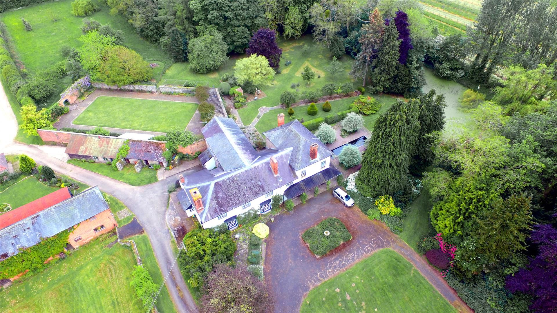 6 bed country house for sale in Pembridge 16
