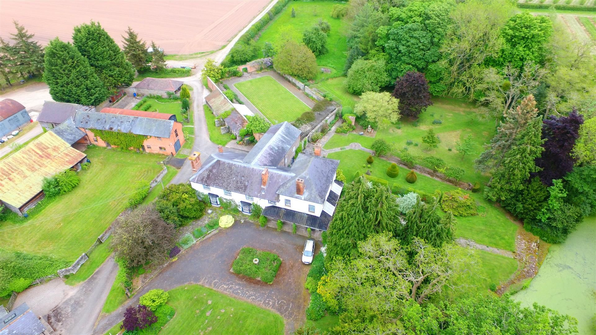 6 bed country house for sale in Pembridge 17