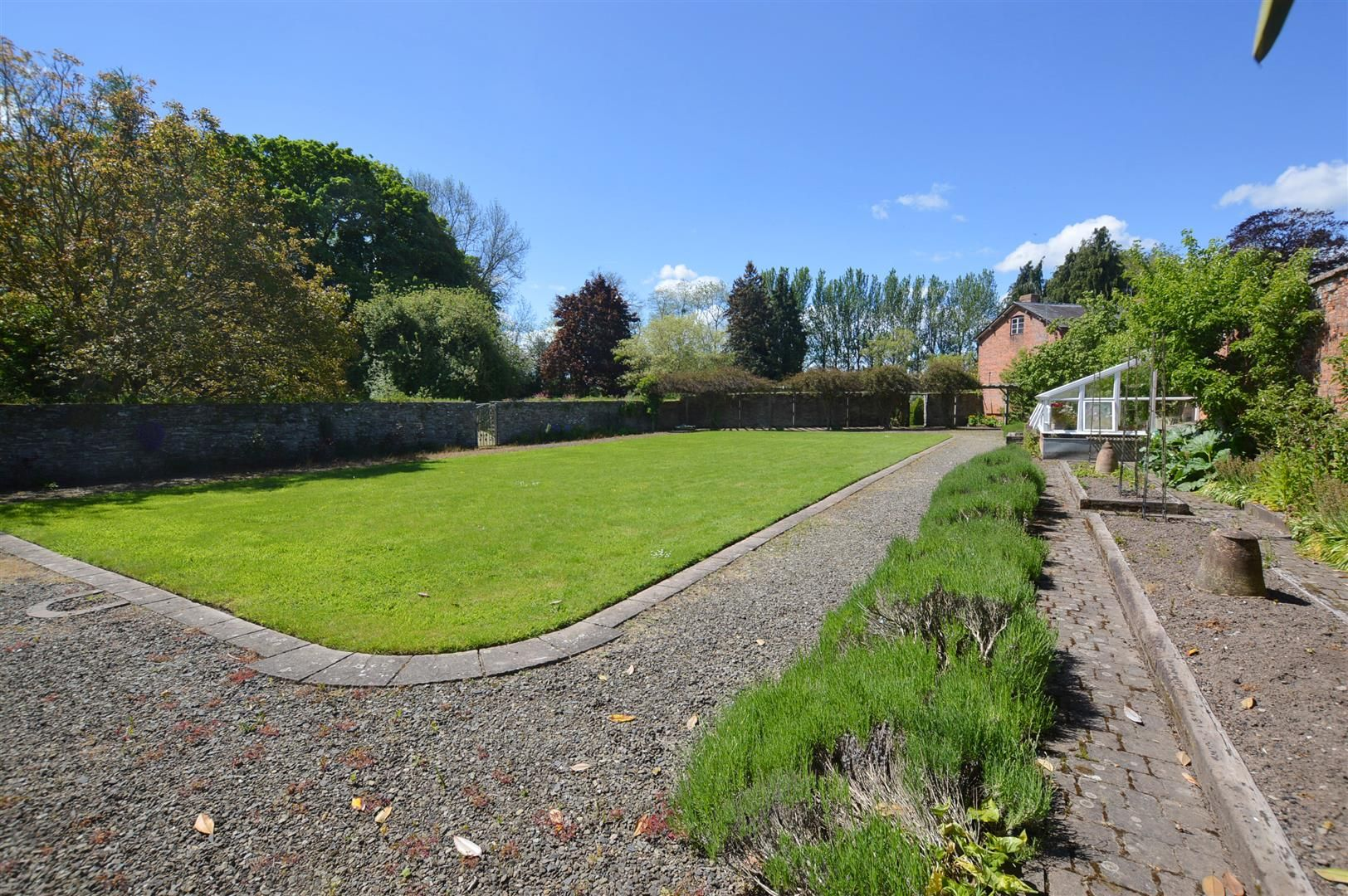 6 bed country house for sale in Pembridge 19