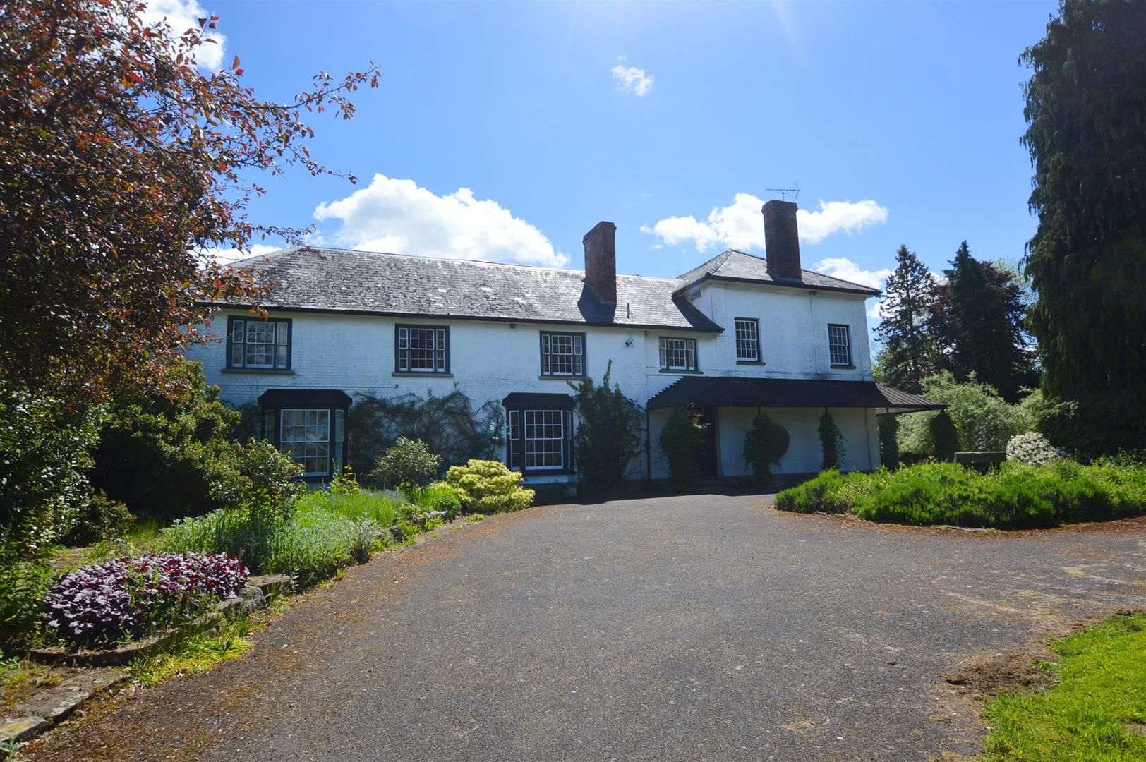 6 bed country house for sale in Pembridge 3
