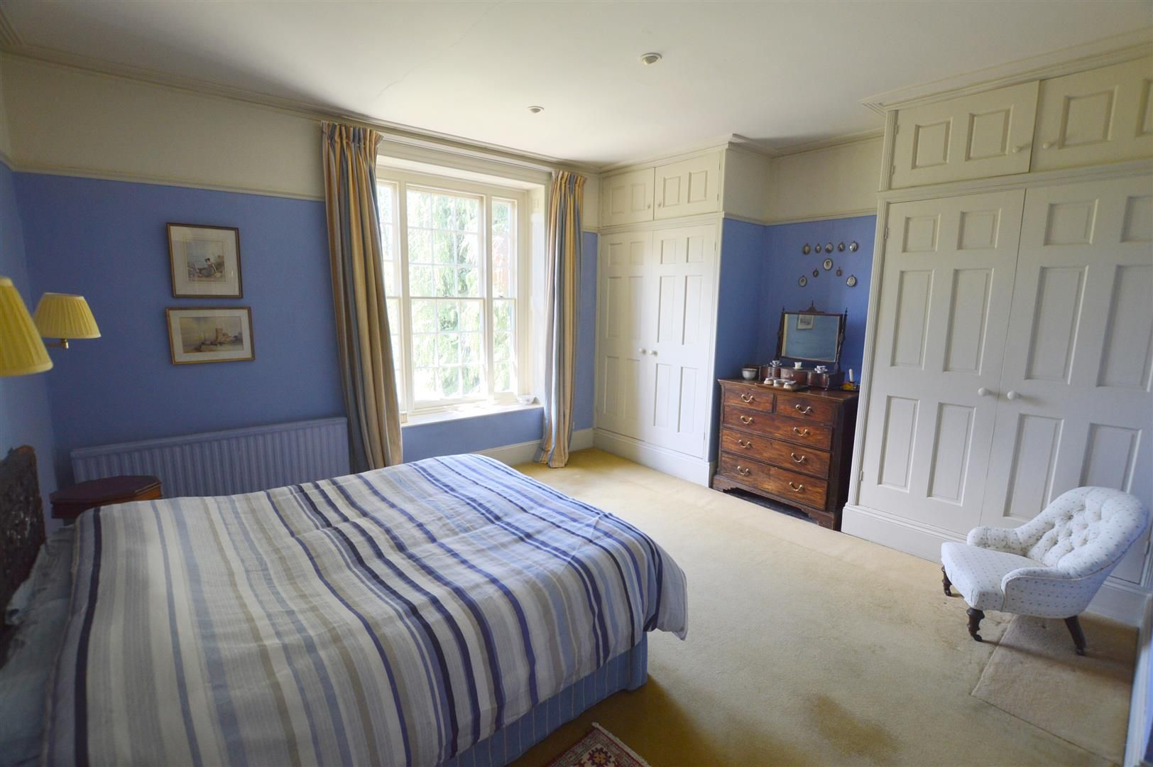6 bed country house for sale in Pembridge 9
