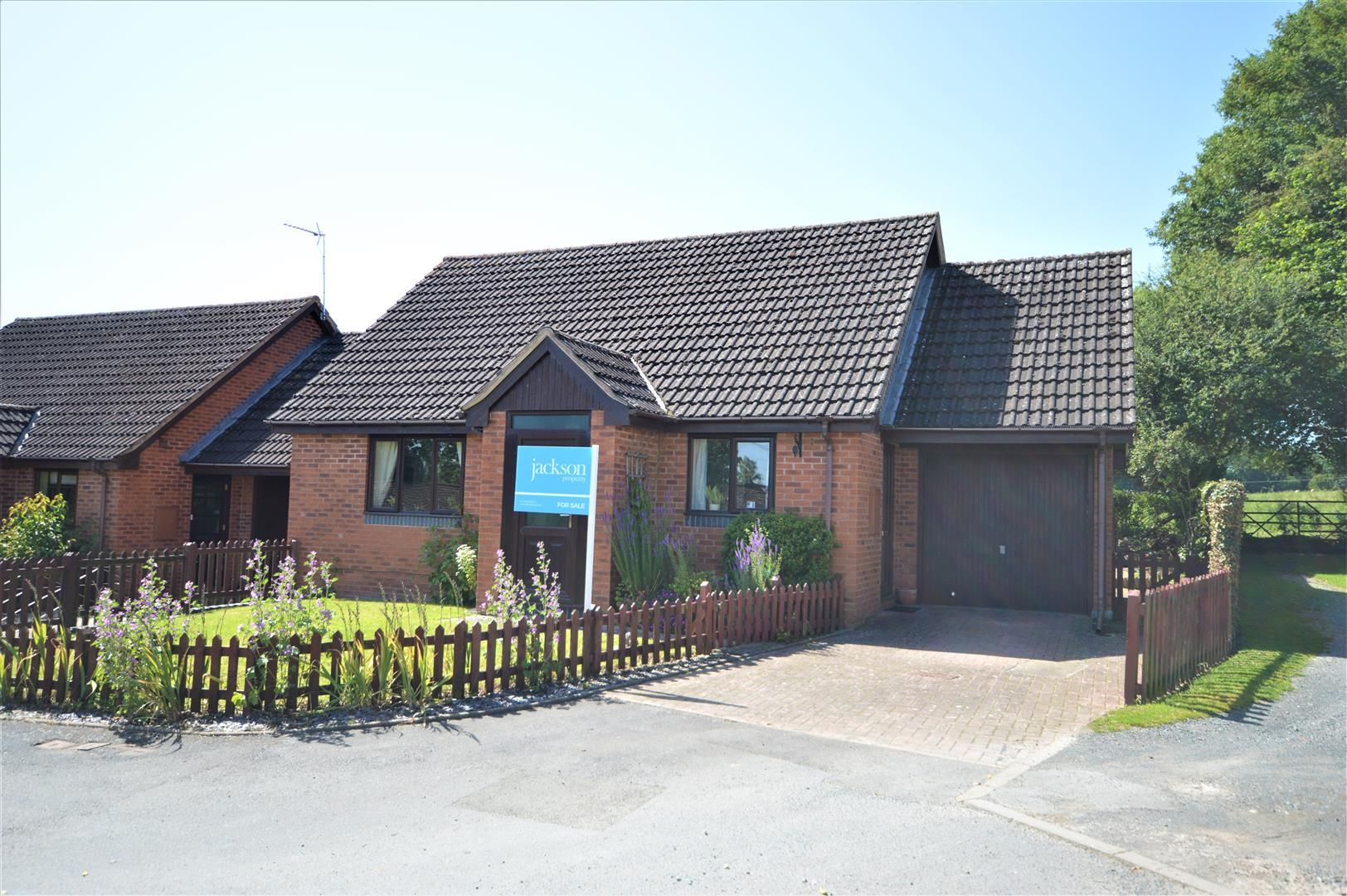 2 bed detached bungalow for sale in Almeley, HR3