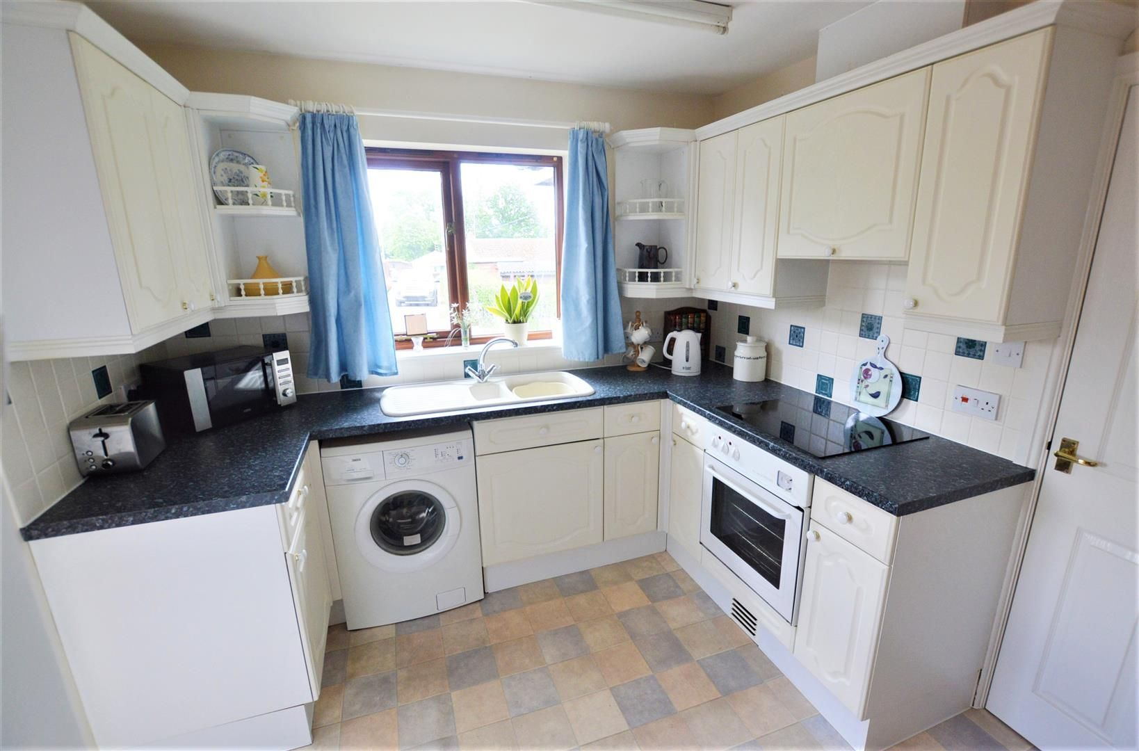 2 bed detached bungalow for sale in Almeley 2