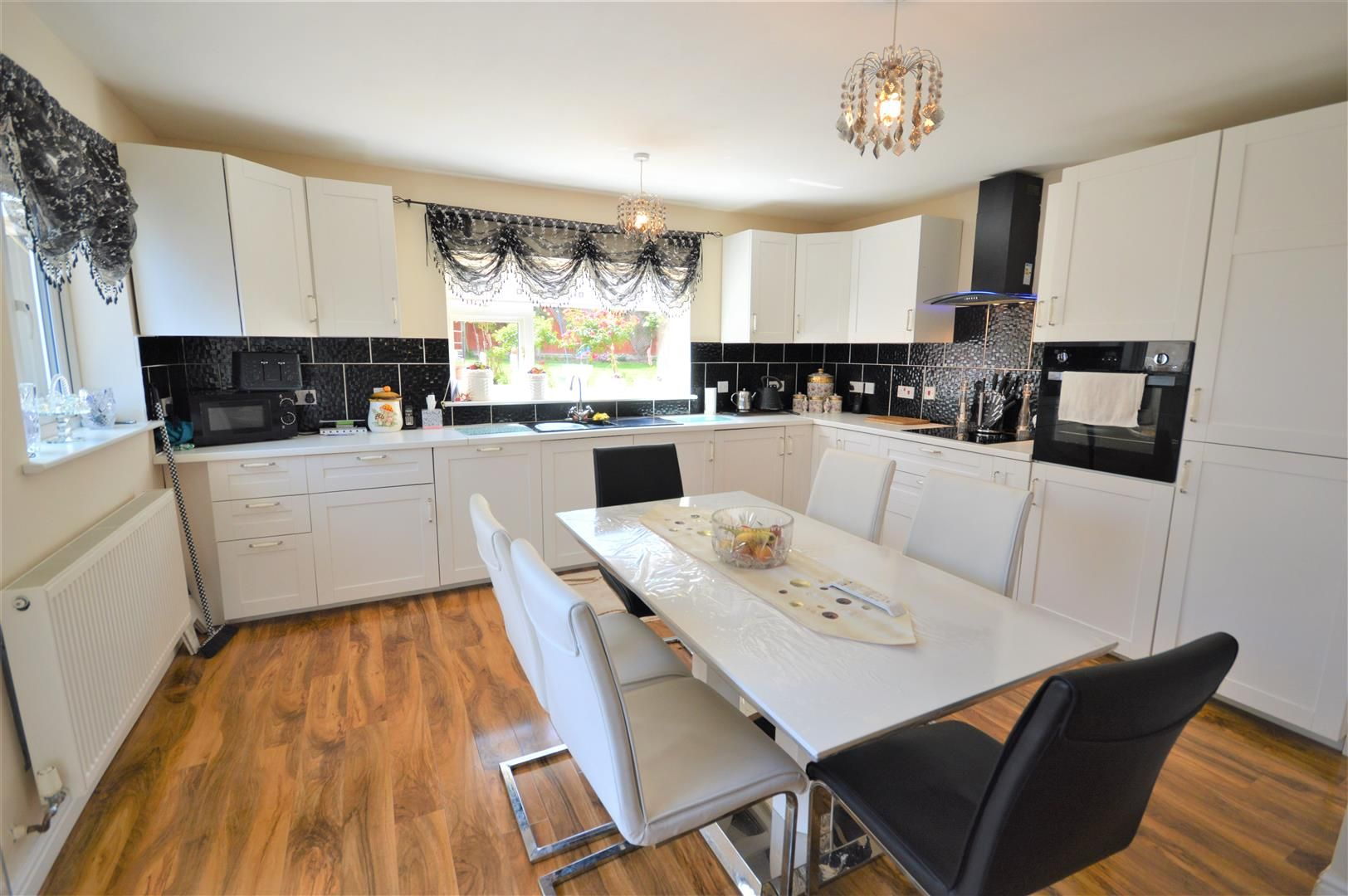 3 bed detached bungalow for sale in Leominster 3