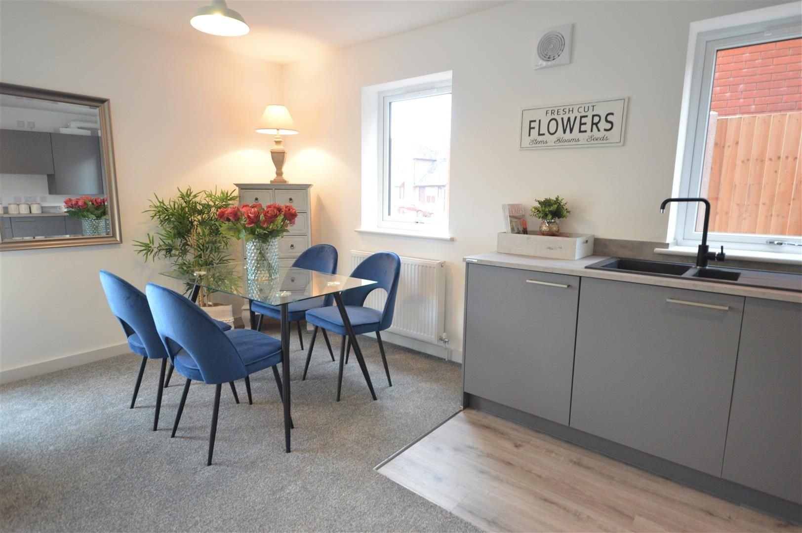 2 bed house for sale in Leominster 2