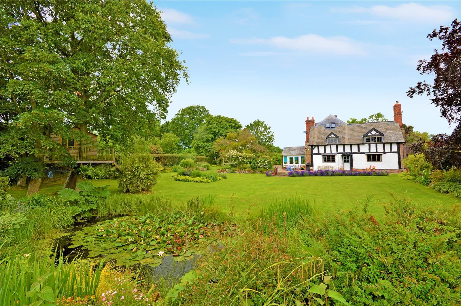 4 bed detached for sale in Dilwyn 5