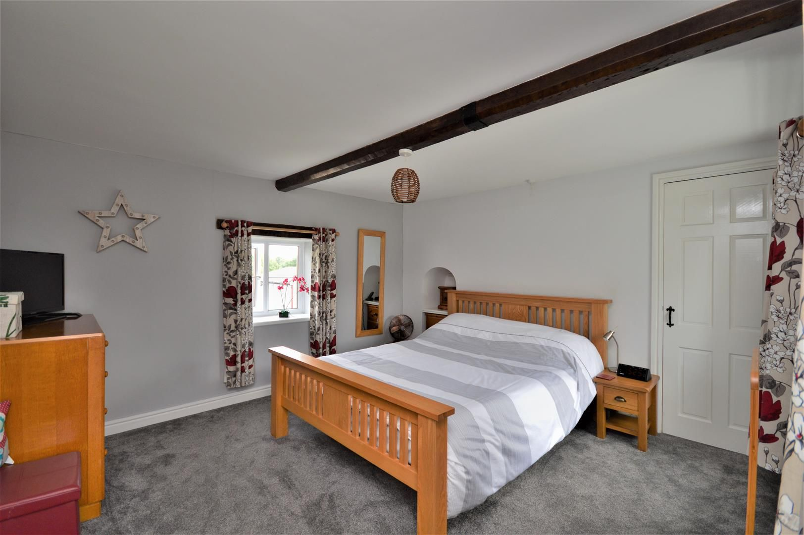 3 bed detached for sale in Orcop 18