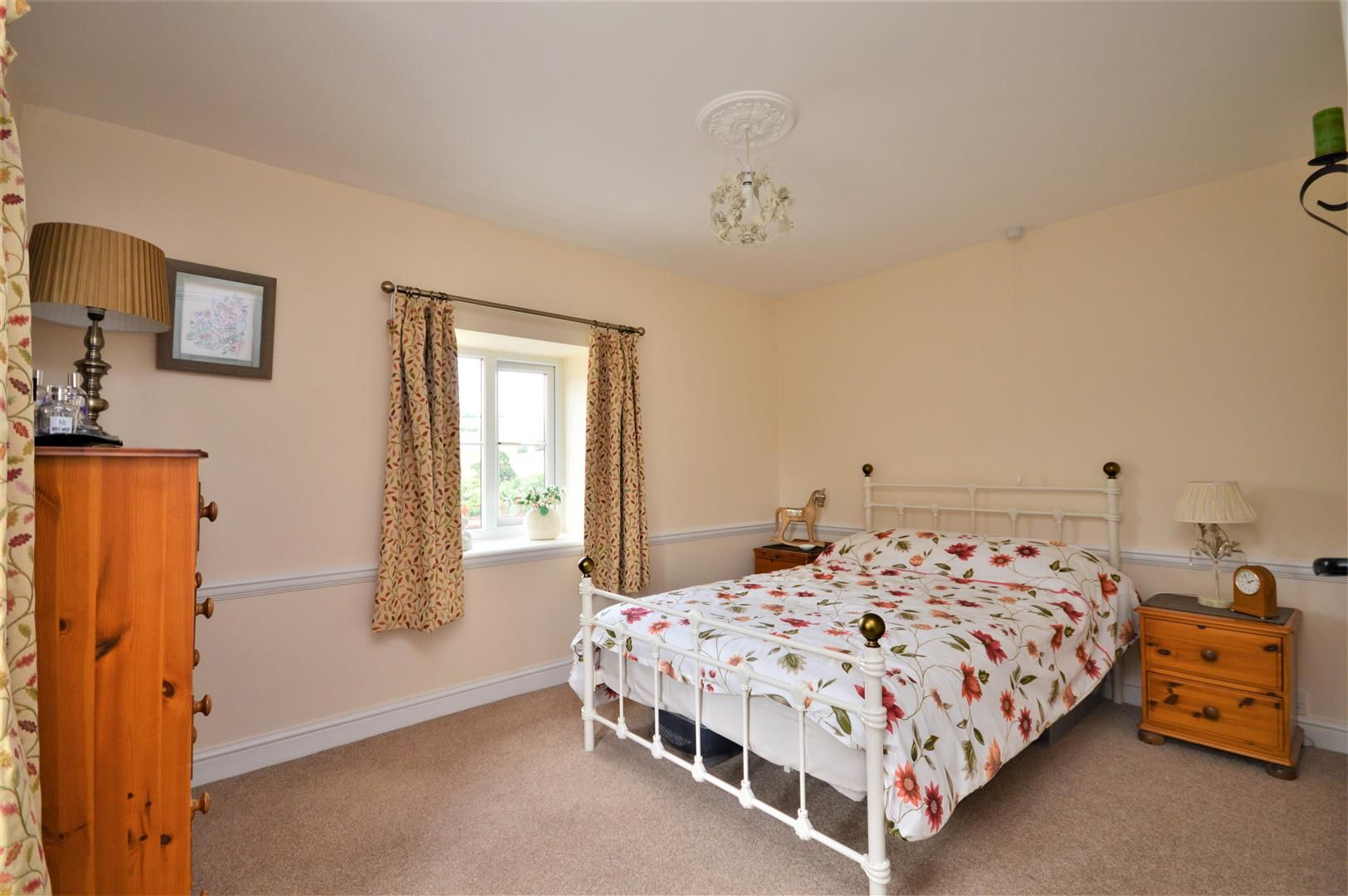 3 bed detached for sale in Orcop 19