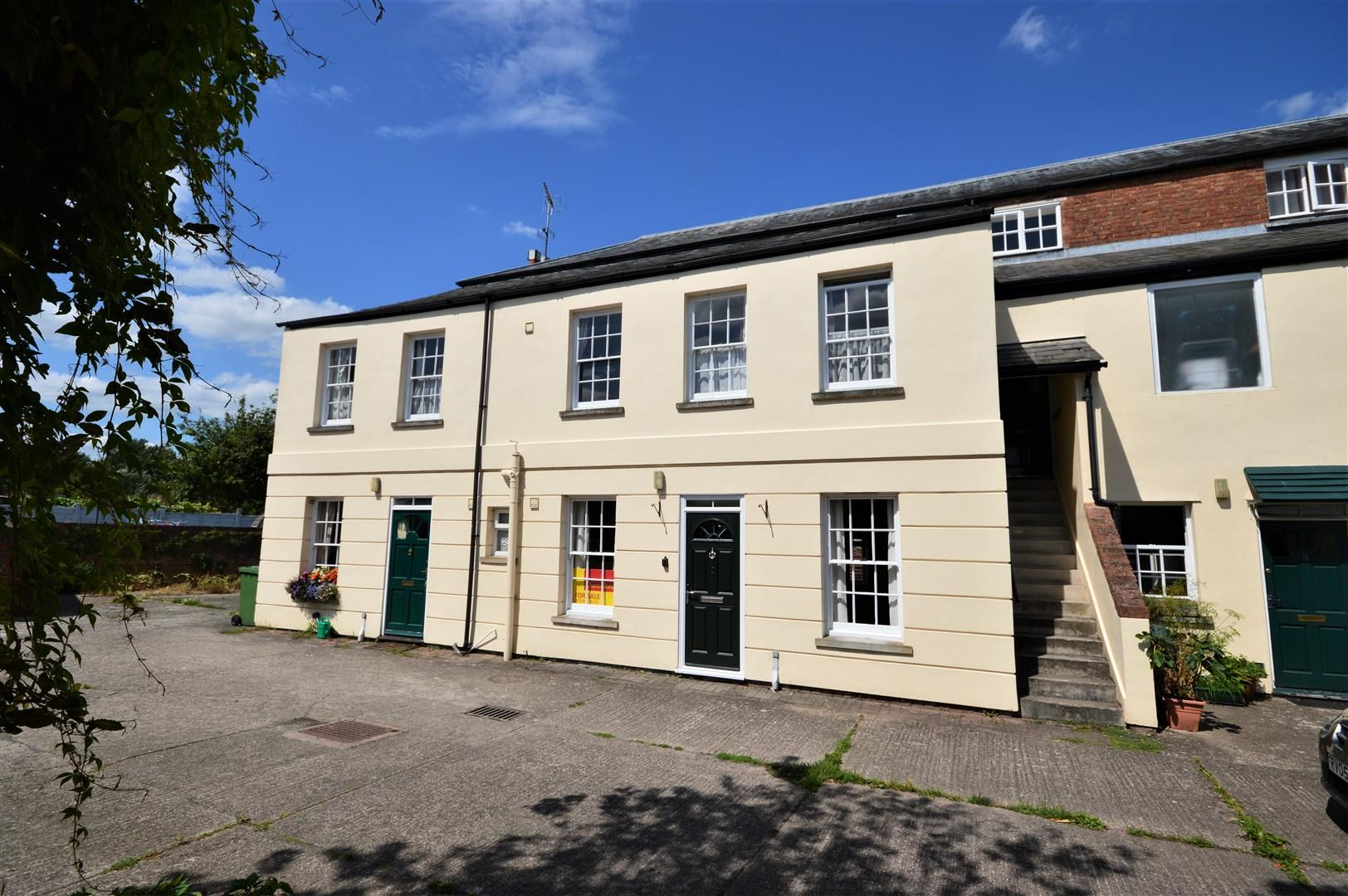 1 bed flat for sale in Leominster  - Property Image 1