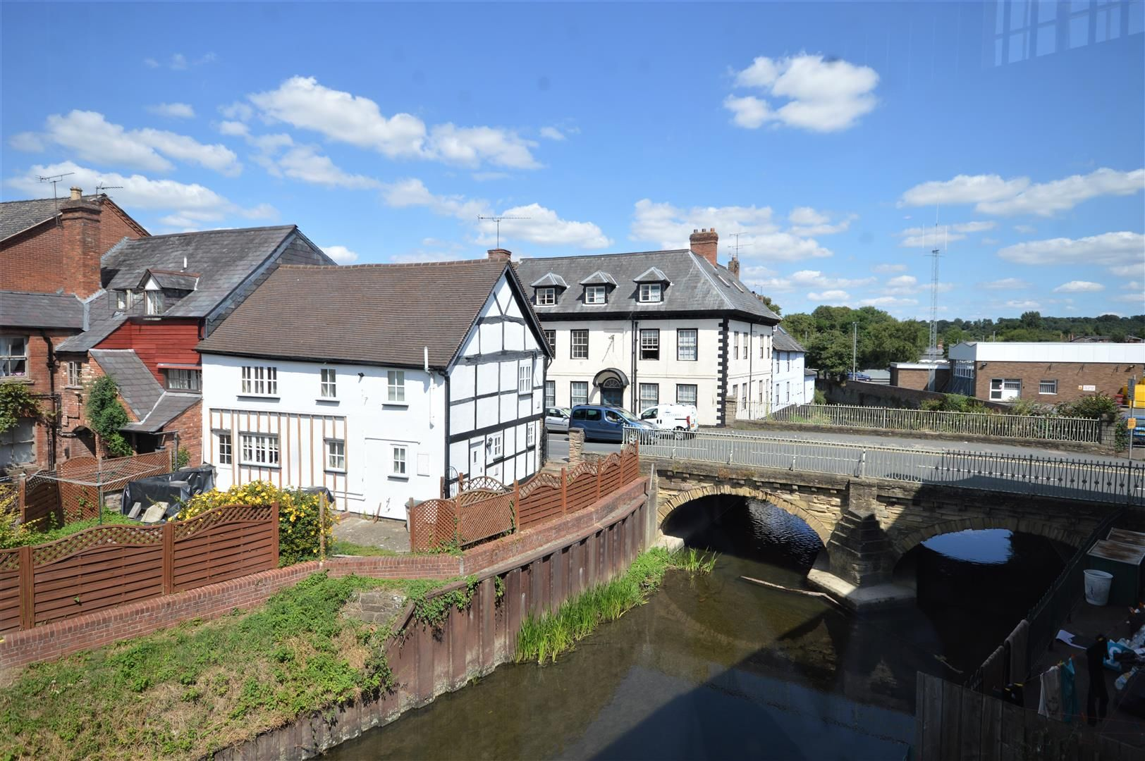 1 bed flat for sale in Leominster 11