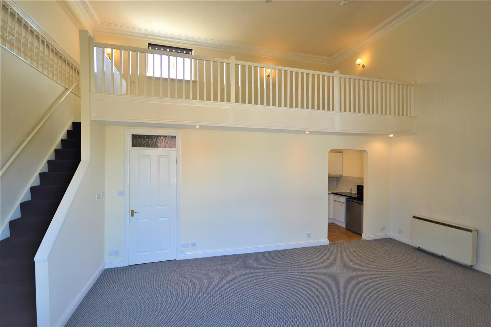 1 bed flat for sale in Leominster 4