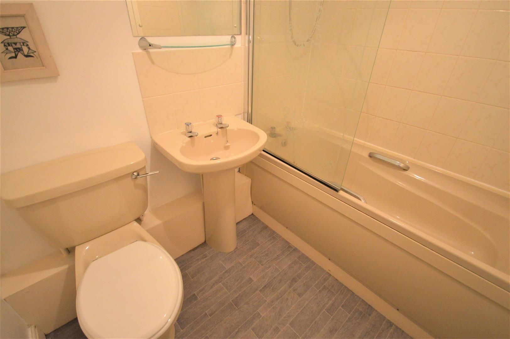 1 bed flat for sale in Leominster 8