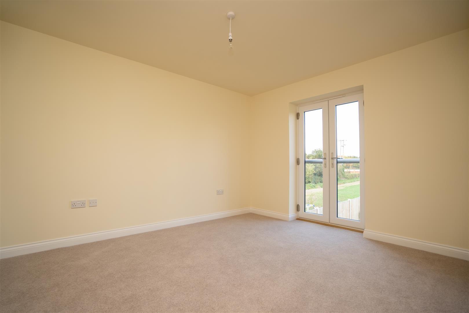 4 bed detached for sale in Kingsland  - Property Image 12