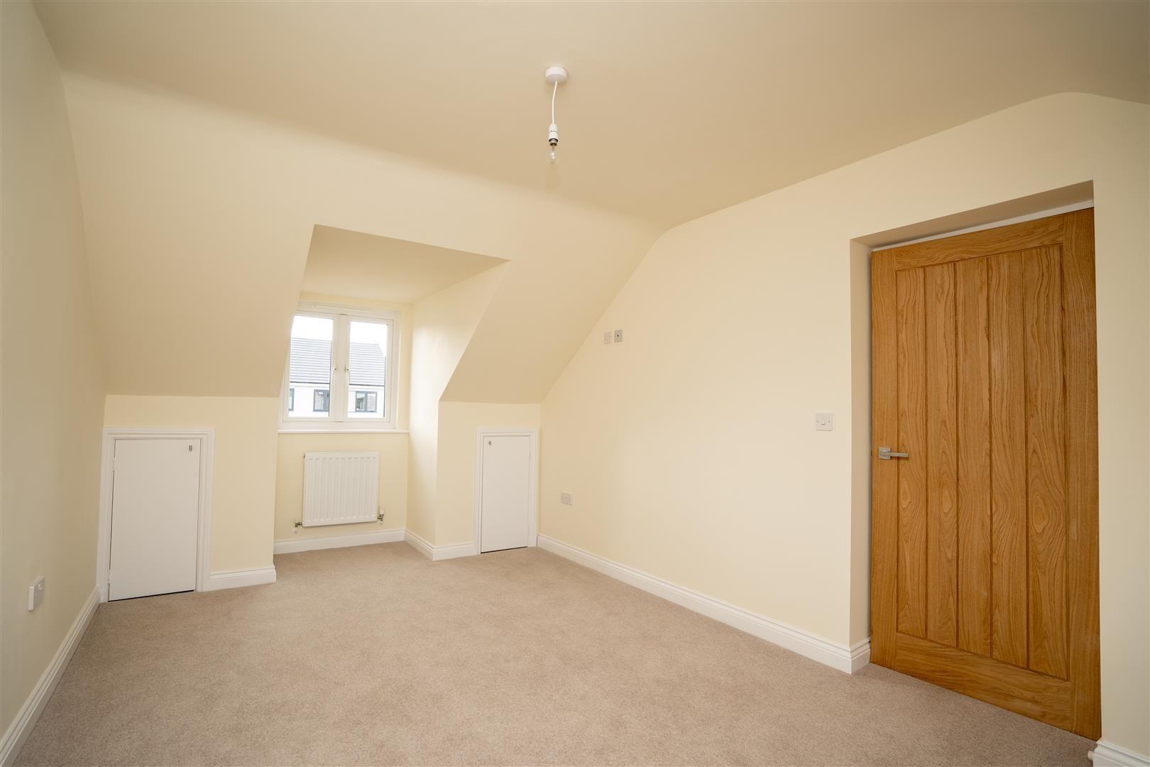 4 bed detached for sale in Kingsland  - Property Image 16