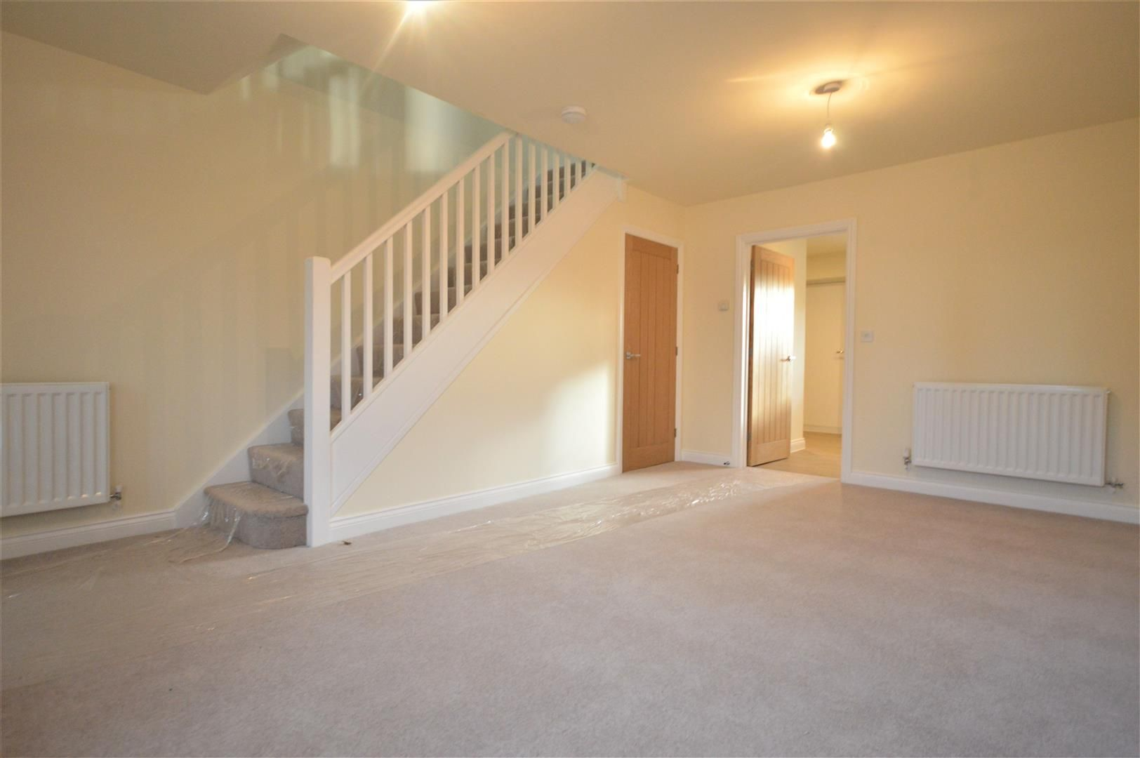 2 bed terraced for sale in Kingsland 5