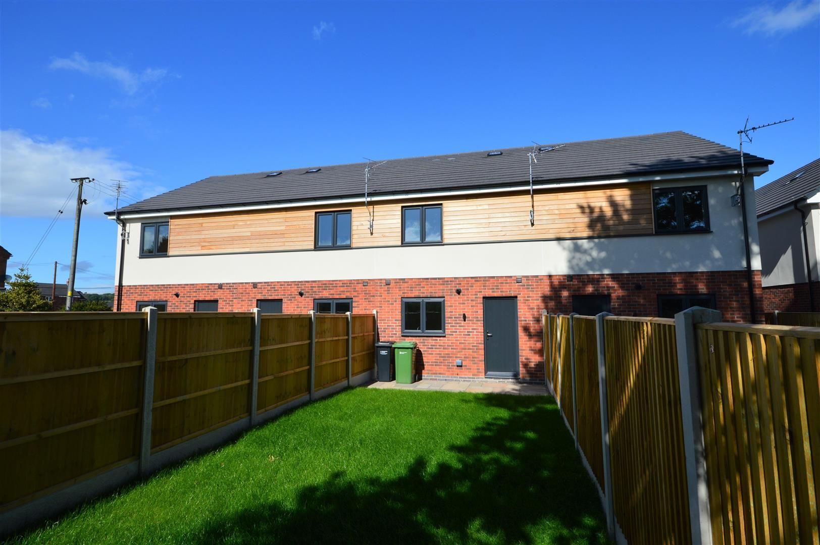 2 bed terraced for sale in Kingsland  - Property Image 9