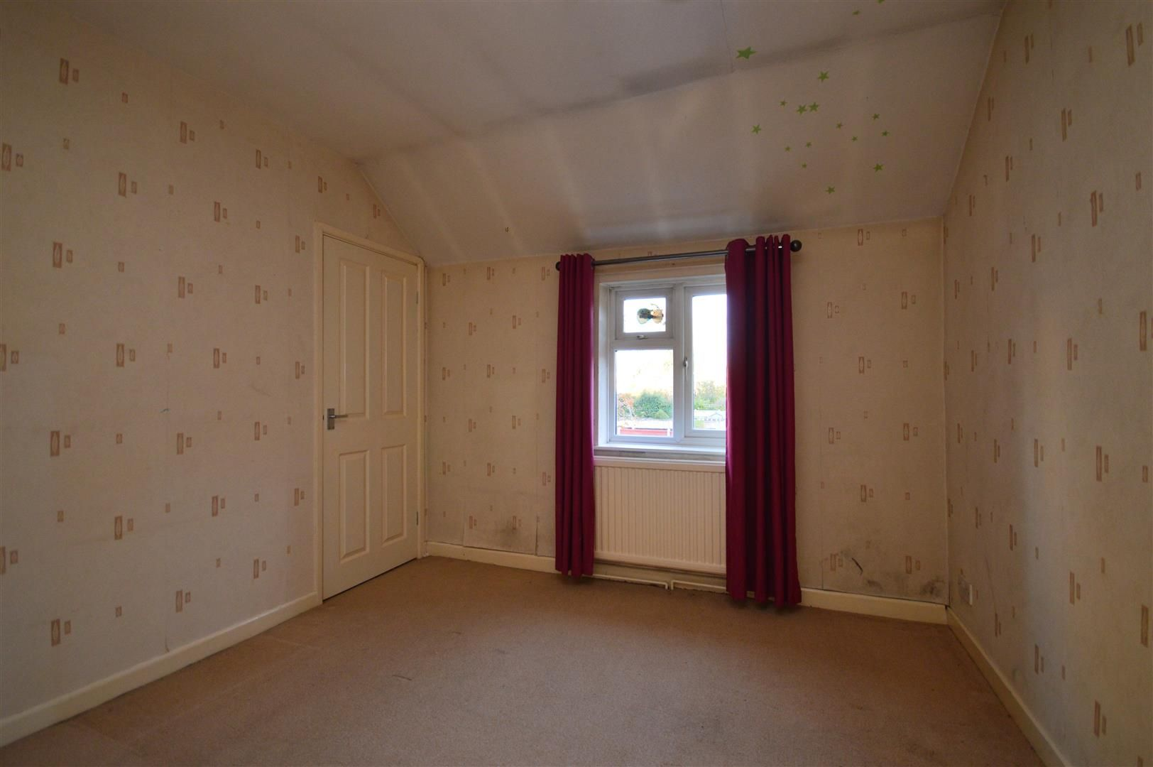 3 bed link detached house for sale in Whitecross 11
