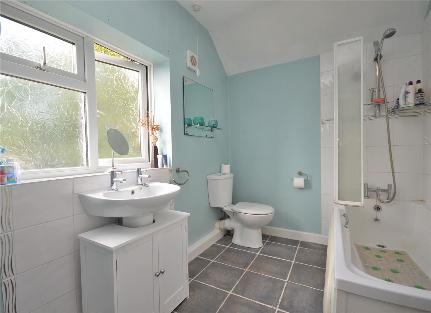 3 bed link detached house for sale in Whitecross 7