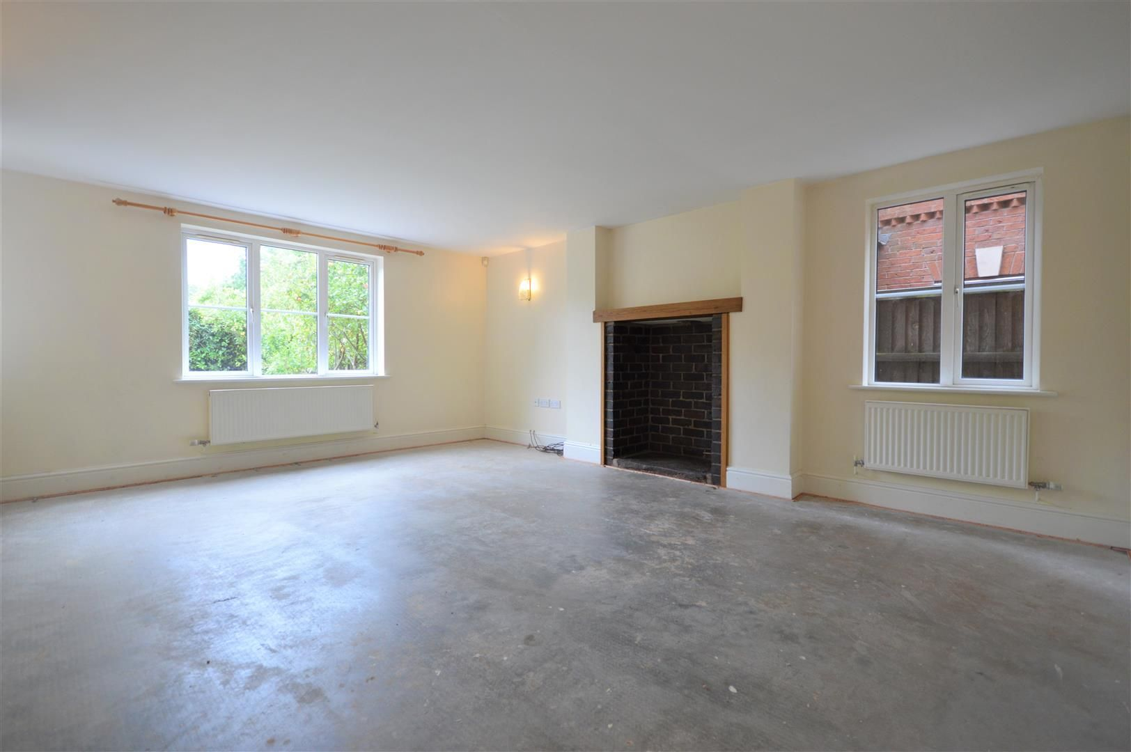 4 bed detached for sale in Leominster 3