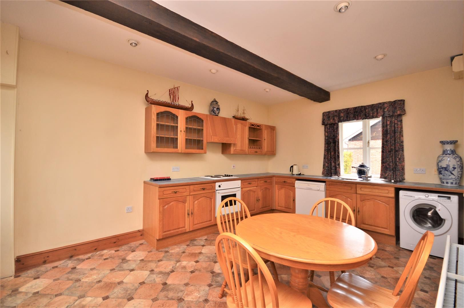 4 bed semi-detached for sale in Nr Madley 4