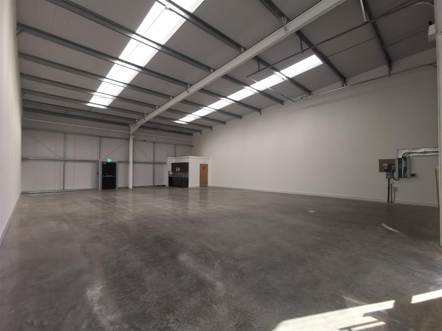 Warehouse to rent 4