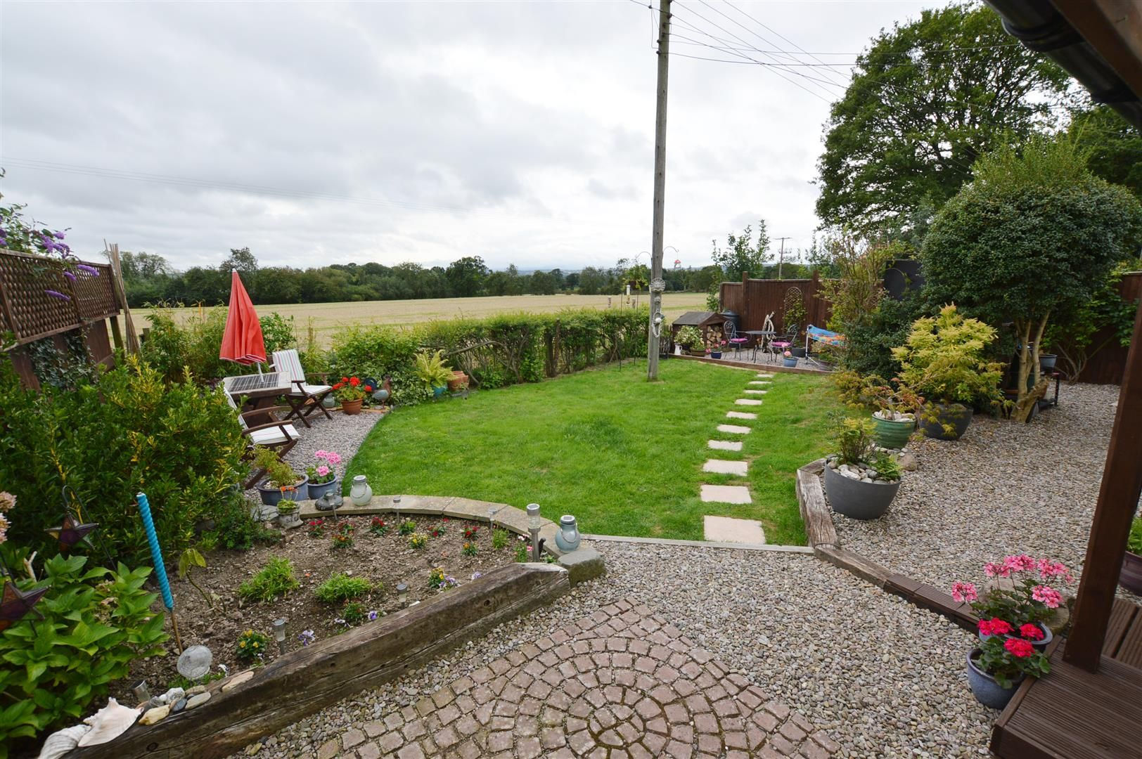 3 bed semi-detached-bungalow for sale in Shobdon 8