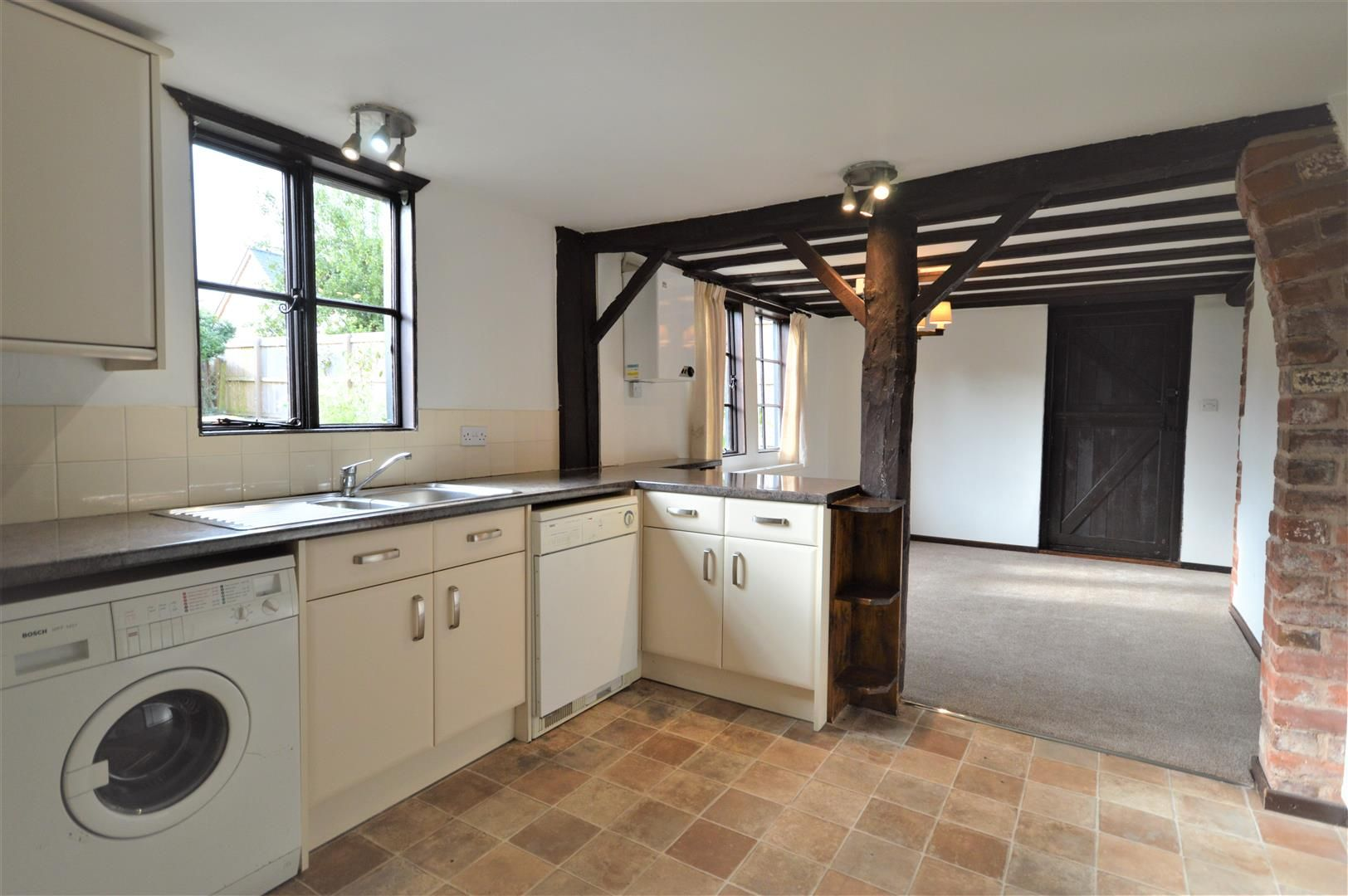 3 bed end of terrace for sale in Luston 4