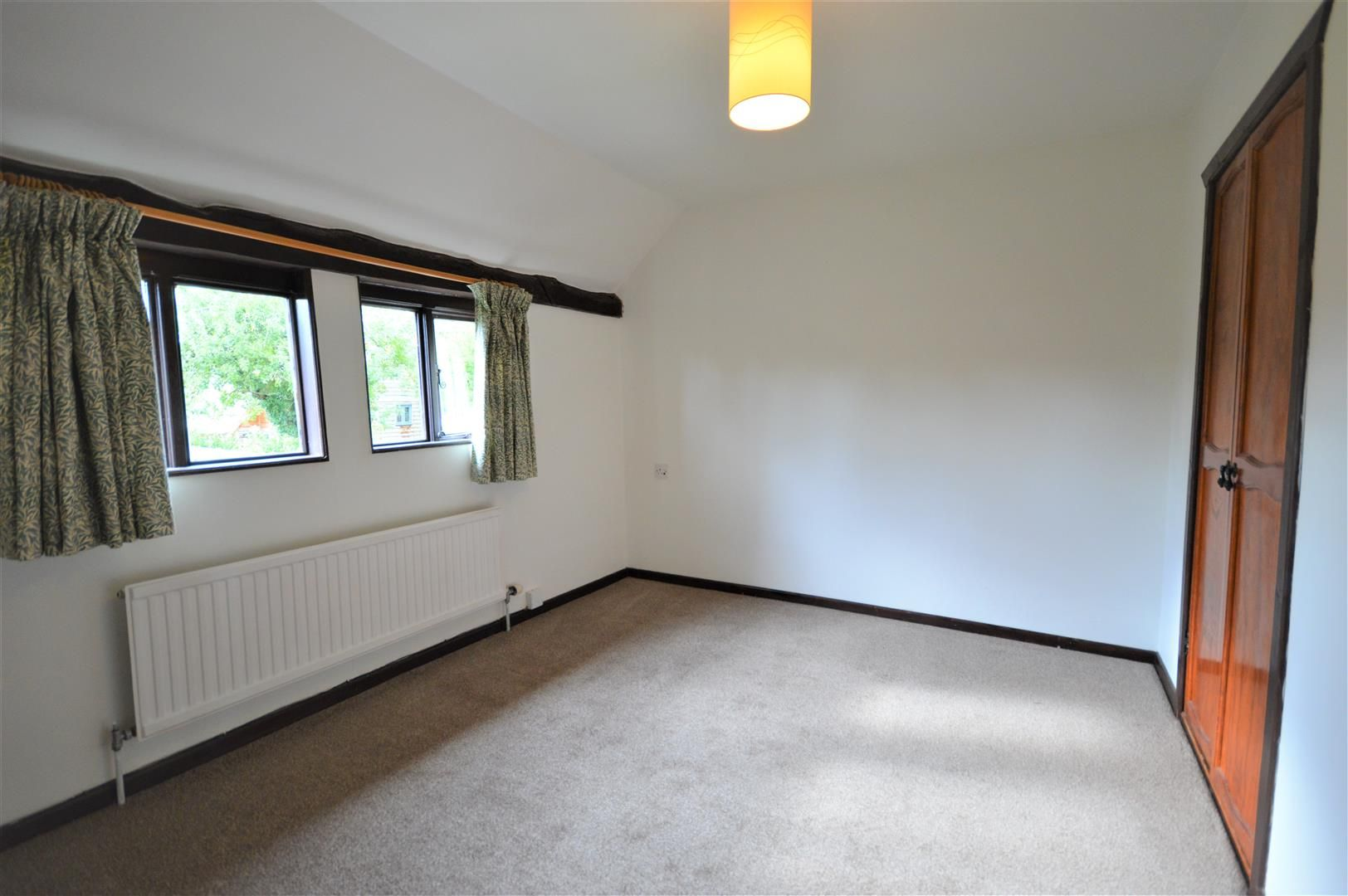 3 bed end of terrace for sale in Luston 8