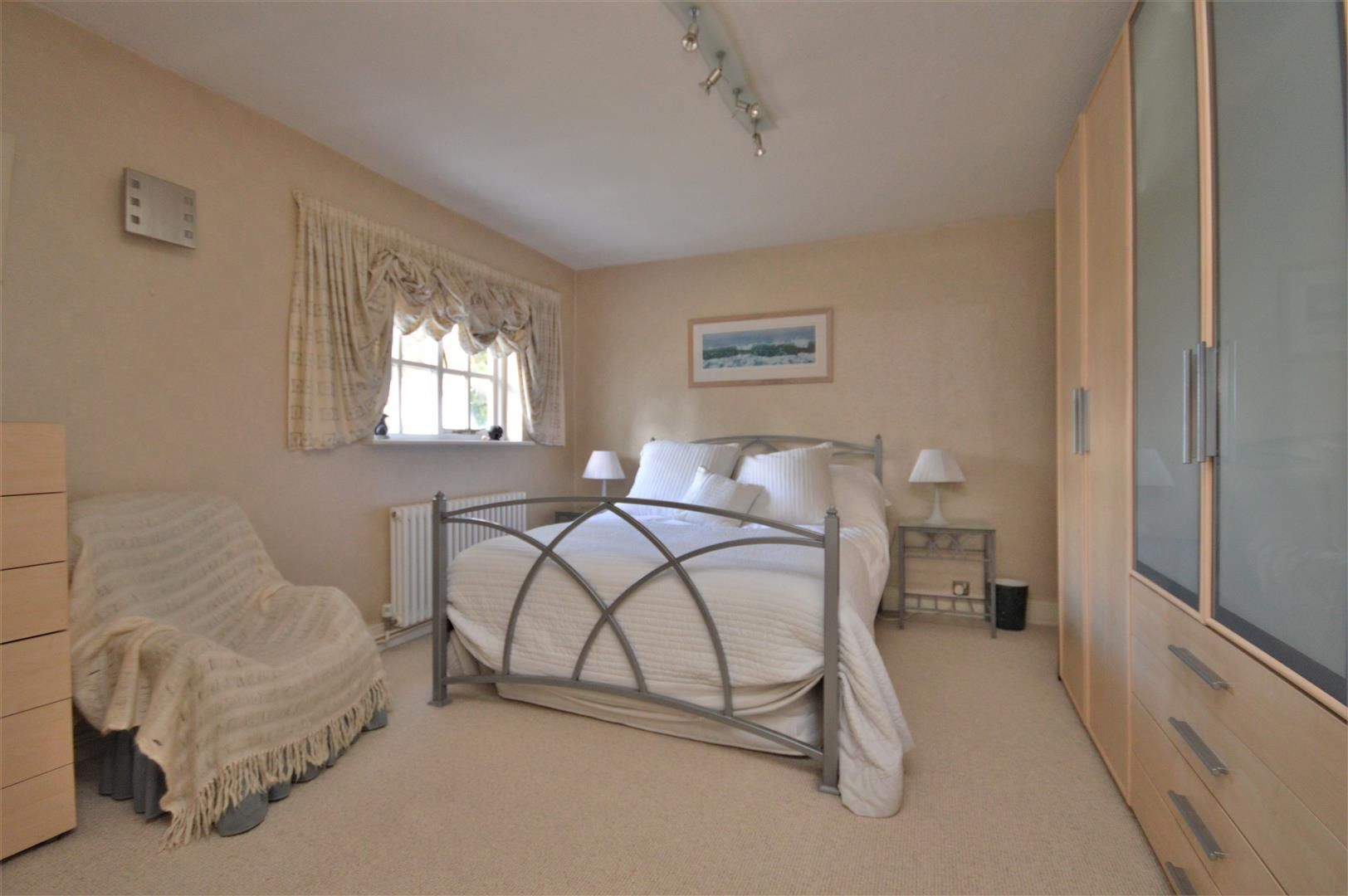 5 bed detached for sale in Stretton Sugwas 23