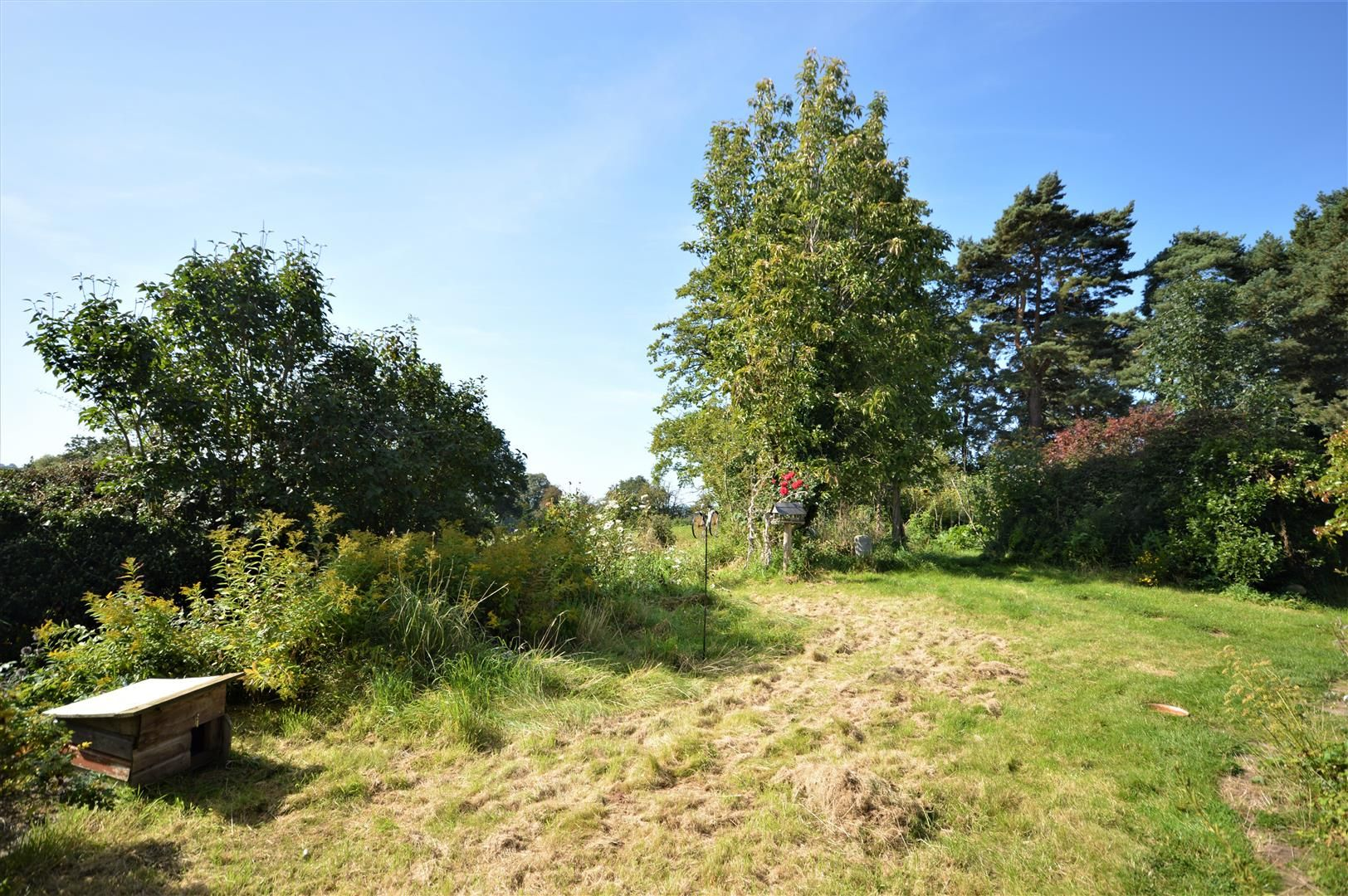 3 bed semi-detached for sale in Hatfield  - Property Image 14