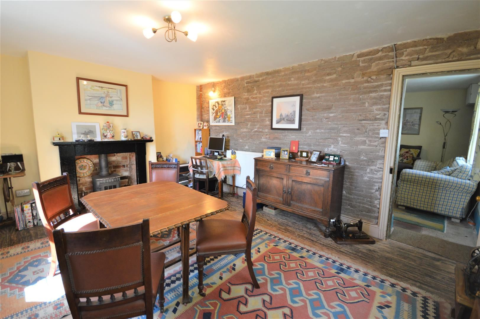 3 bed semi-detached for sale in Hatfield 4