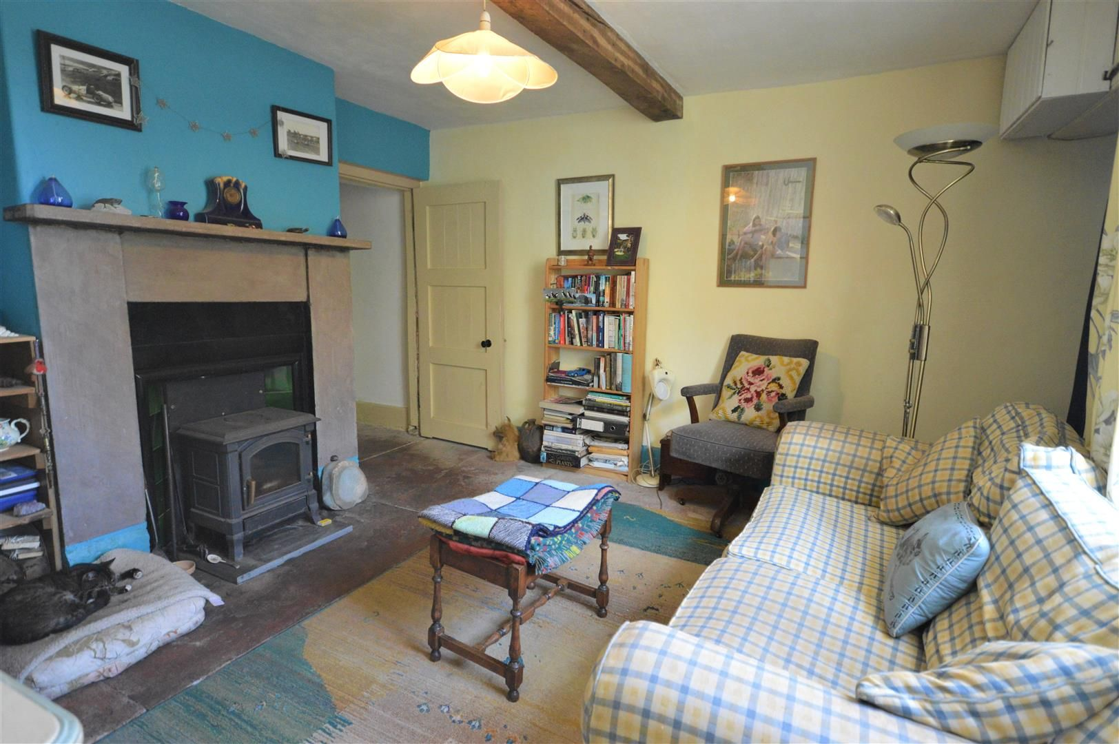3 bed semi-detached for sale in Hatfield 5