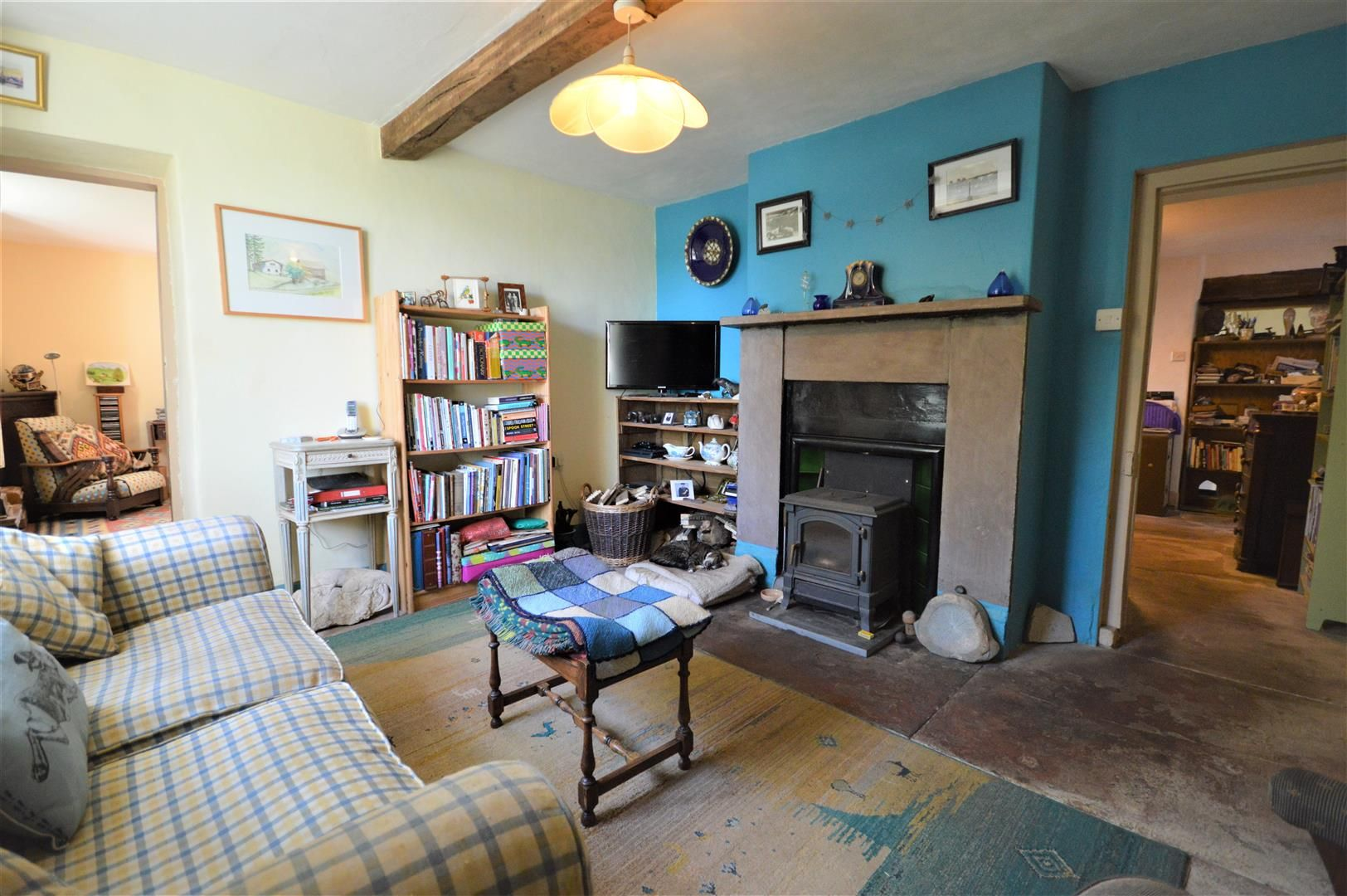 3 bed semi-detached for sale in Hatfield 6