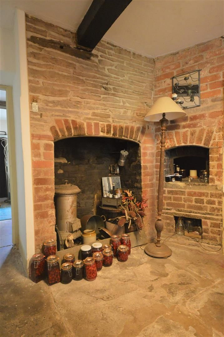 3 bed semi-detached for sale in Hatfield 8