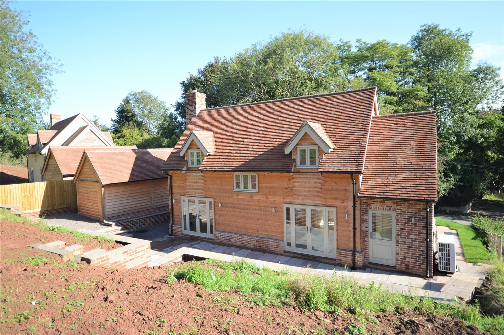 3 bed detached for sale in Dilwyn 16
