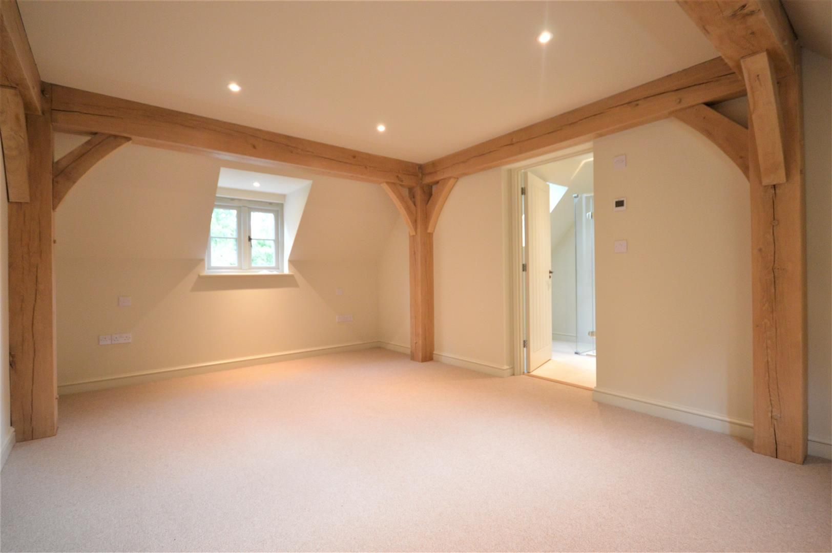 3 bed detached for sale in Dilwyn 9
