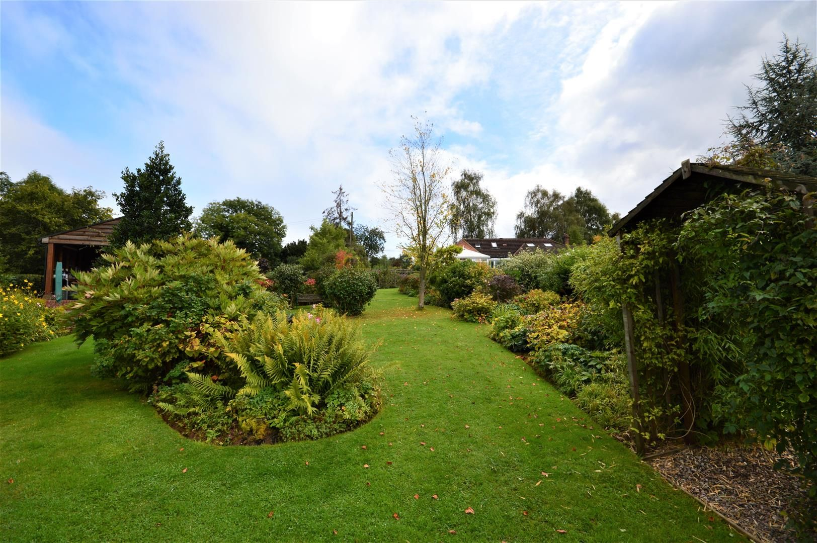 3 bed semi-detached-bungalow for sale in Upper Hill  - Property Image 14