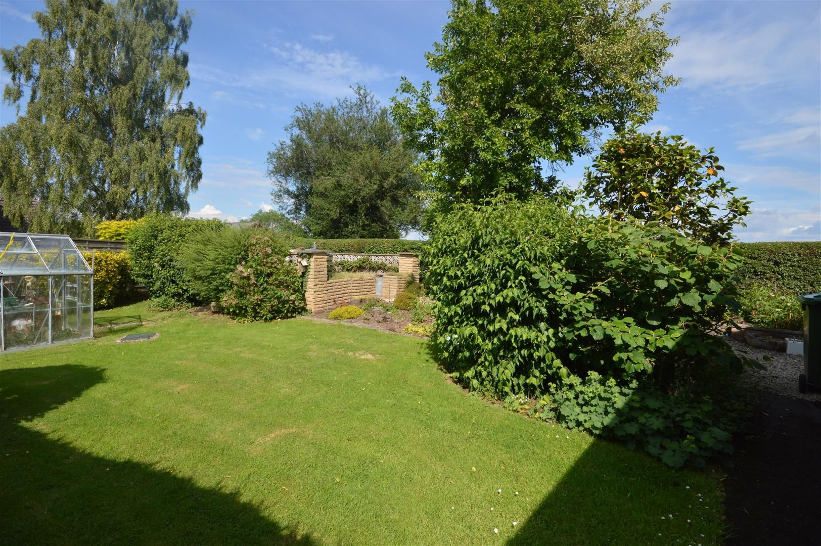 2 bed detached-bungalow for sale in Pembridge 11